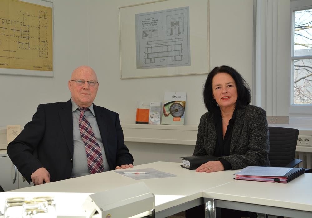 Vorsitzender des Vereins tiw Prof. Dr. Wolf-Rüdiger Umbach und Geschäftsführerin Carola Weitner-Kehl. Foto: tiw