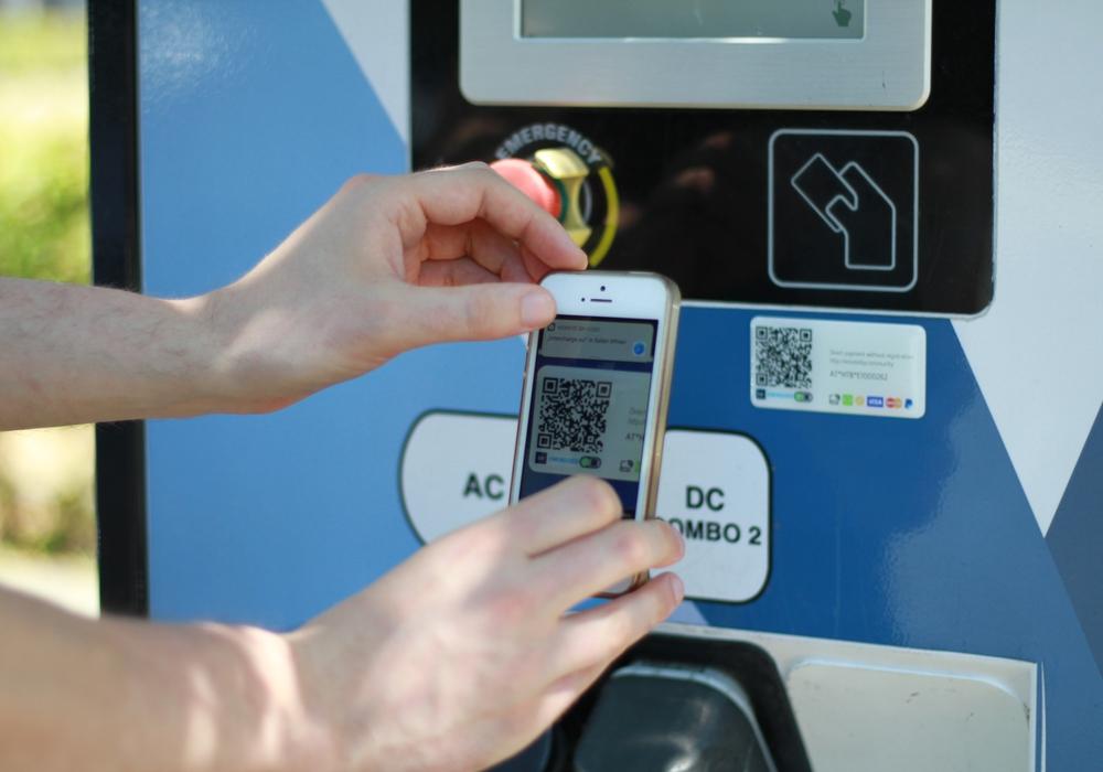 Ab sofort können Autos per App aufgeladen werden. Foto: BS Energy