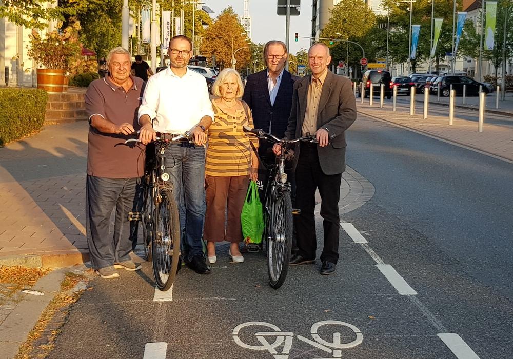 """""""Ost-West-Radachse: Zukunftsweisender Weg in die richtige Richtung"""". Foto: CDU Stadtbezirksverband Stadtmitte"""