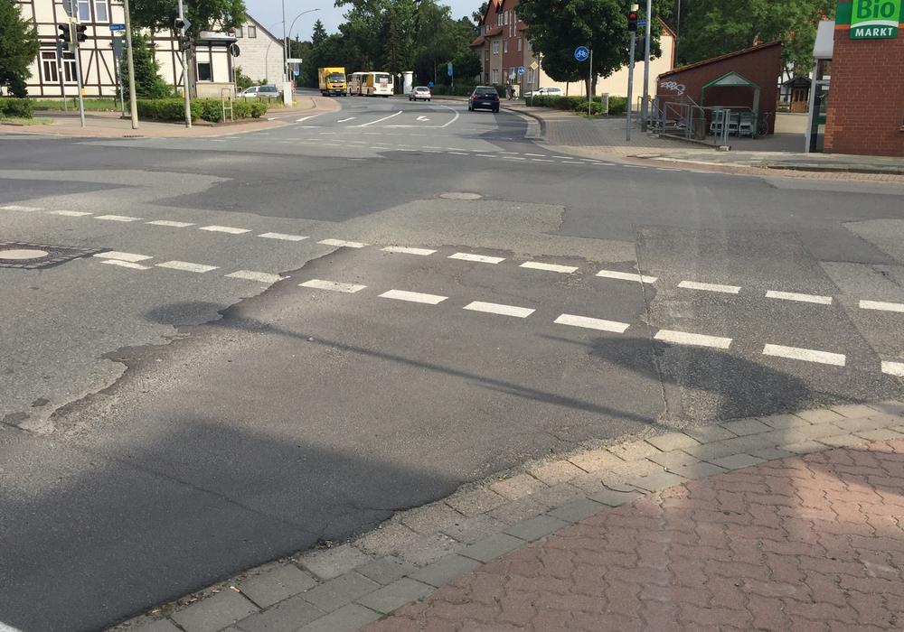 Die Ahlumer Straße soll im kommenden Jahr saniert werden. Foto: Anke Donner