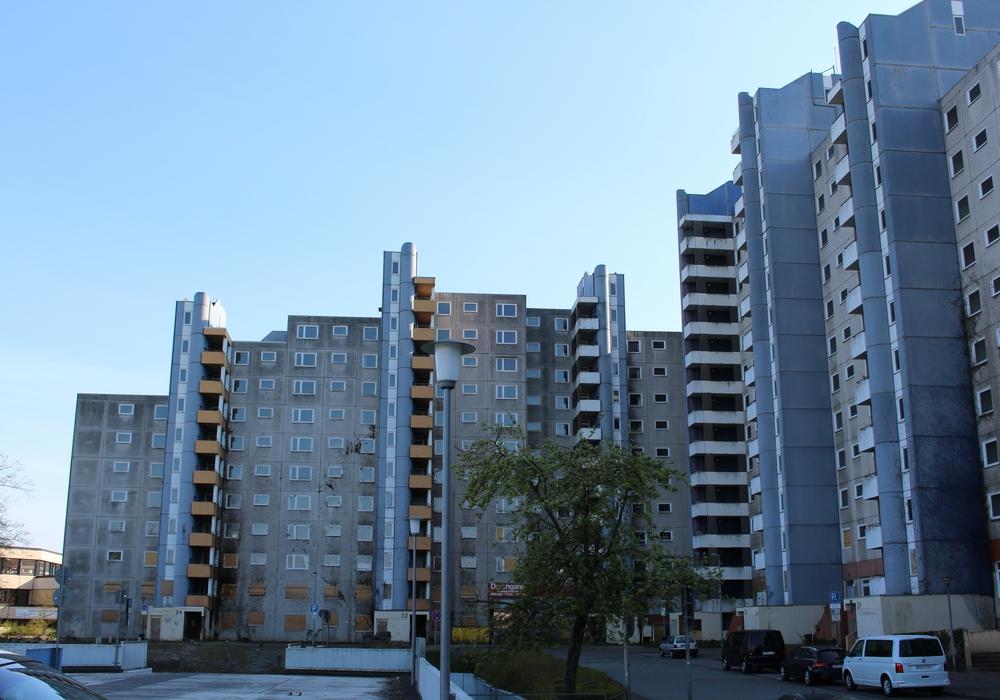 Der Gebäudekomplex an der Dessauer Straße steht weiterhin. Foto: Christoph Böttcher