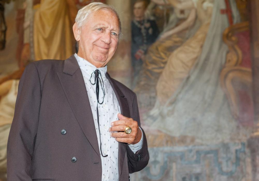 Jimmie Durham nahm am heutigen Samstag den Kaiserring entgegen und eröffnete im Anschluss die Ausstellung im Mönchehaus Museum. Foto: Alec Pein