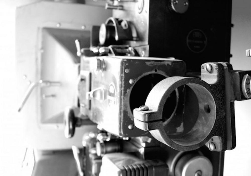 """Im Alter von 86 Jahren ist der italienische Schauspieler und gleichzeitige Kino-Legende Bud Spencer verstorben, der zusammen mit seinem Schauspielkollegen Terence Hill in Filmen, wie """"Vier Fäuste für ein Hallelujah"""" oder """"Zwei Asse trumpfen auf"""" regelmäßig die Fäuste fliegen ließen. Foto: Sina Rühland"""