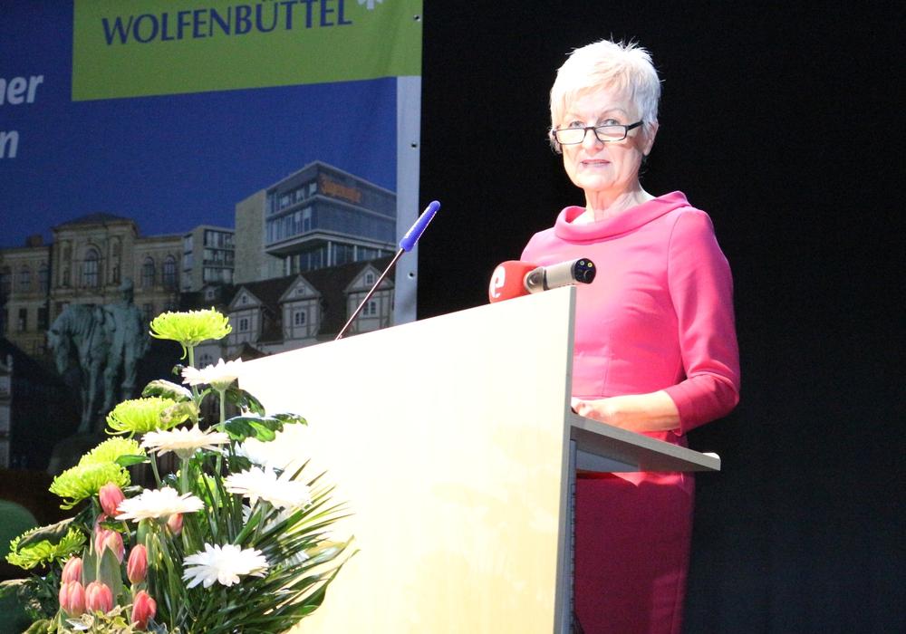 Eine Unterstützung der einst gemeinsamen Landratskandidatin Christiana Steinbrügge ist weder sicher noch ausgeschlossen.