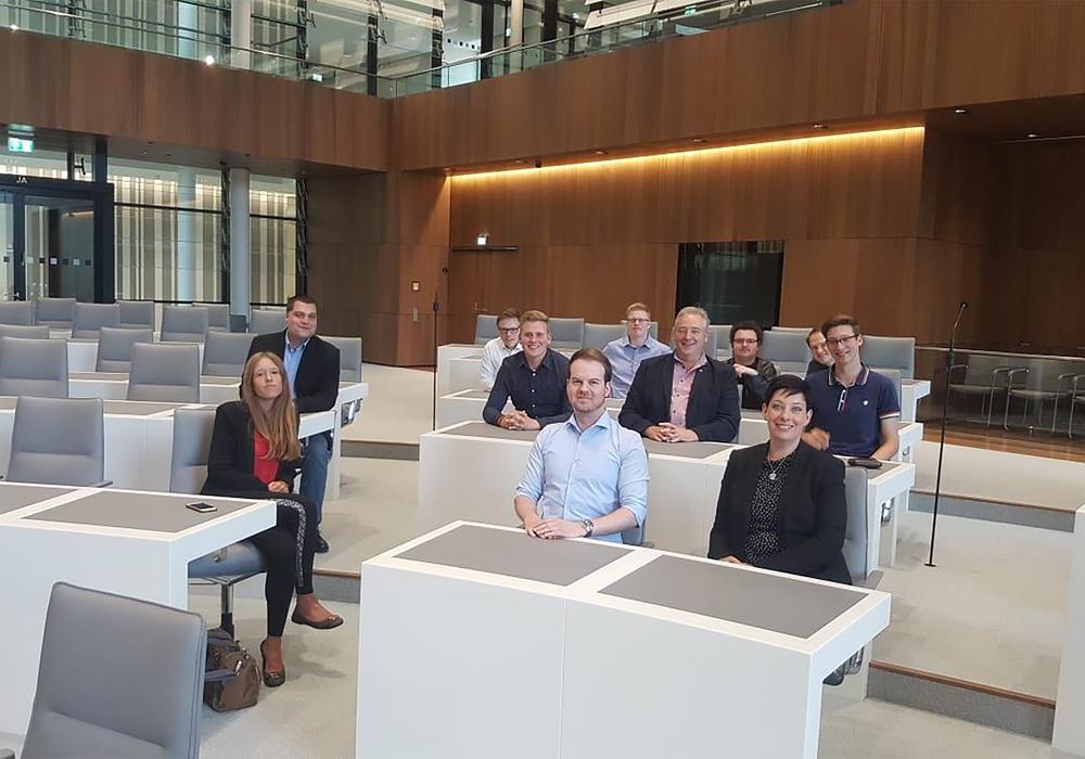 Zu Besuch im Landtag. Foto: JU Wolfenbüttel