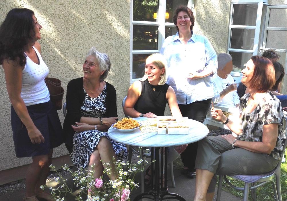 Am 22.06.2016 fand bei wunderbarem Wetter das 2.Ehemaligen Treffen in der Fachambulanz Wolfenbüttel der Lukas- Werk Gesundheitsdienste statt.  Foto: privat