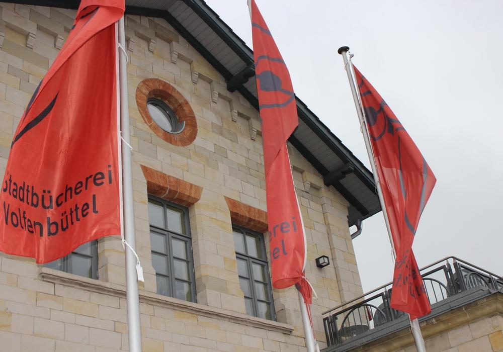 Ausstellung in der Stadtbücherei. Foto: Anke Donner