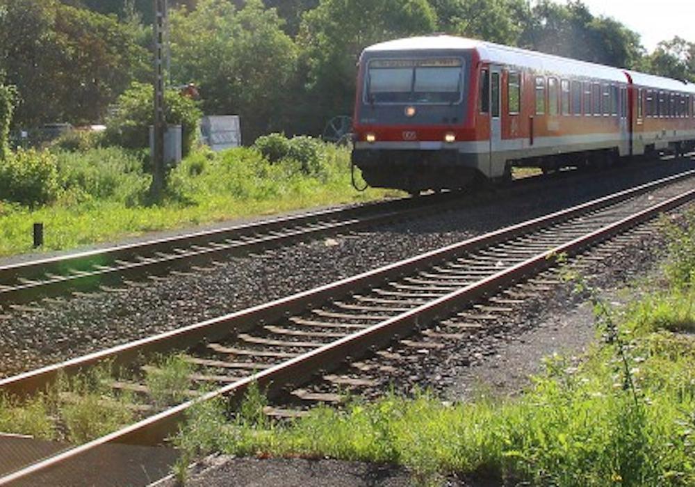Der Regionalverband Großraum Braunschweig kündigt mehr Angebote auf Schienen und Straßen in der Region an. Symbolfoto: Raedlein