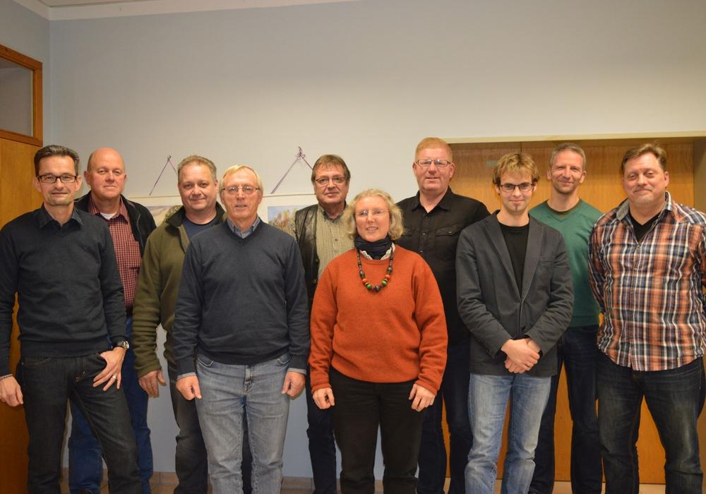Der neue Rat der Gemeinde Dettum mit Bürgermeister Konrad Gramatte (4. v. l.)Foto: Richert