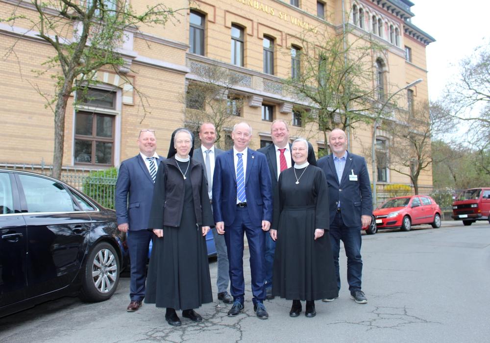 Das ehemalige St. Vinzenz Krankenhaus wird an die Stiftung Neuerkerode verkauft. Fotos: Alexander Dontscheff