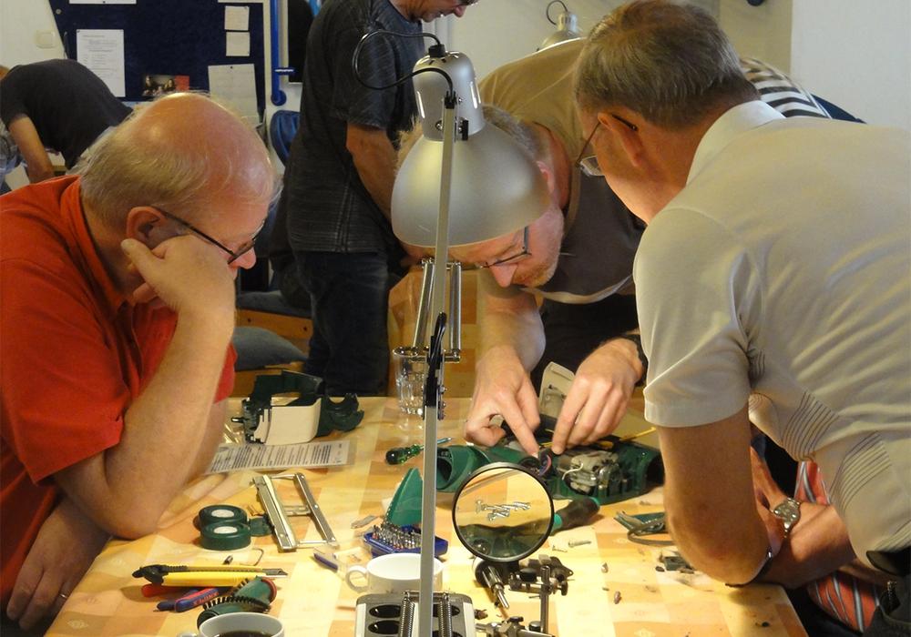 Reparatur-Café Foto: Freiwilligenagentur Jugend-Soziales-Sport e.V.