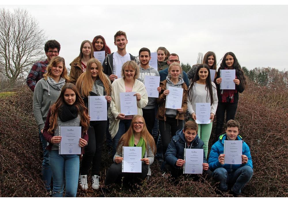 Die neuen Jugendleiter freuen sich auf ihre Arbeit mit den Kindern und Jugendlichen.  Foto: Stadt Salzgitter