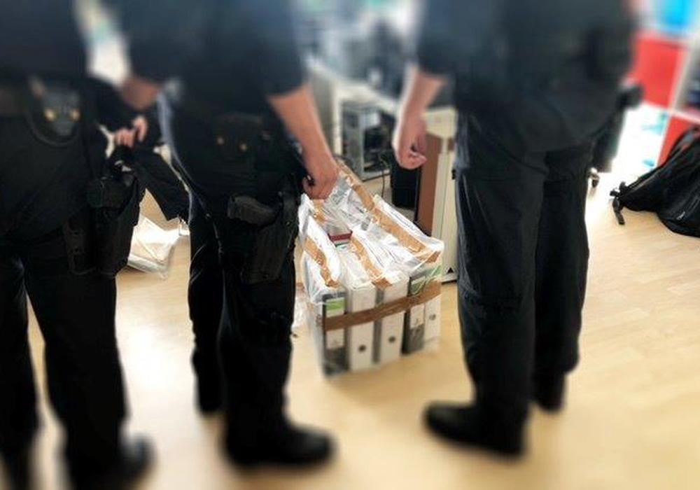 Bundespolizei stellt Beweismaterial in Harrislee sicher. Foto: Polizei Bad Bramstedt
