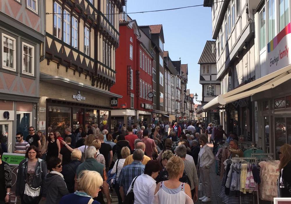Die Wolfenbütteler Innenstadt bei einem verkaufsoffenen Sonntag. Archivbild