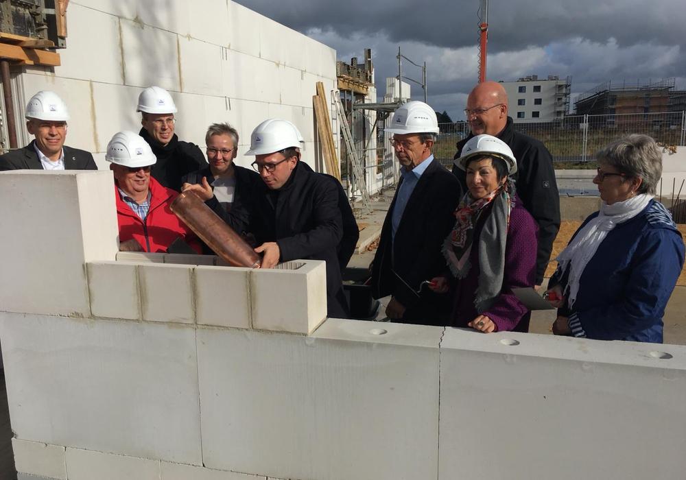 Das Gebäude soll bis Ende 2019 fertig werden. Fotos und Podcast: Alexander Dontscheff