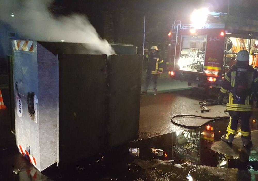 Die Einsatzkräfte konnten das Feuer schnell löschen. Foto: Feuerwehr Wolfenbüttel
