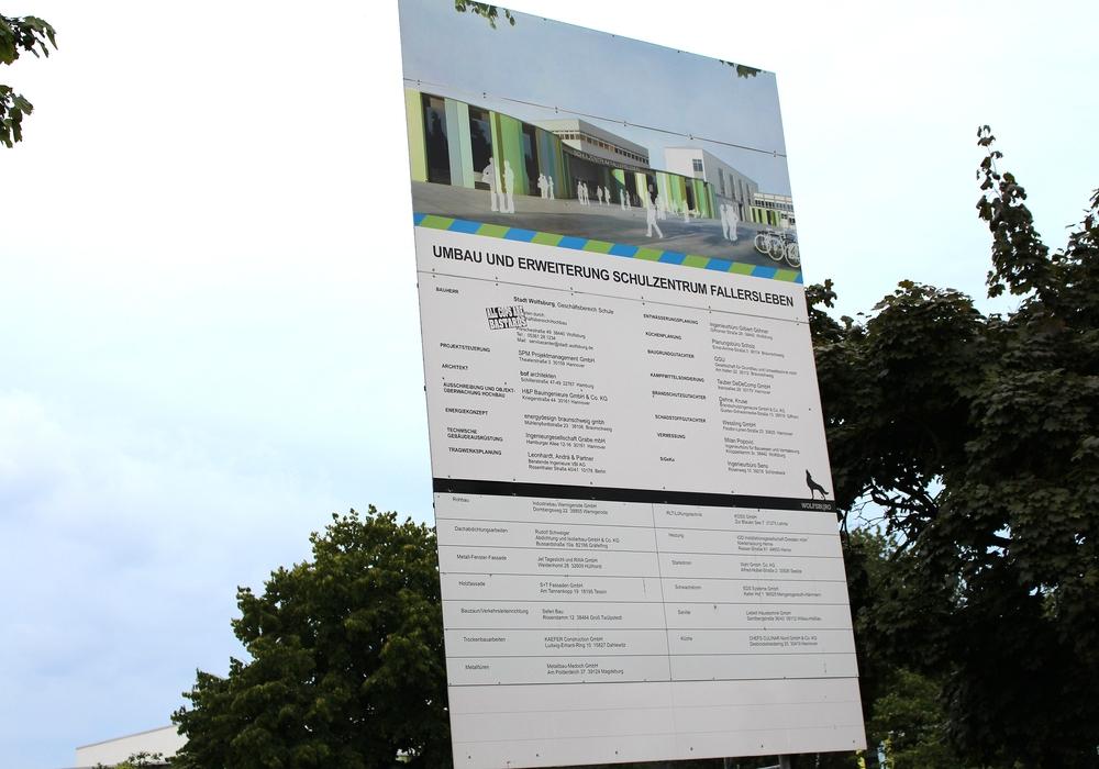 Auch die Arbeiten am Schulzentrum Fallersleben gehen weiter. Symbolbild: Archiv