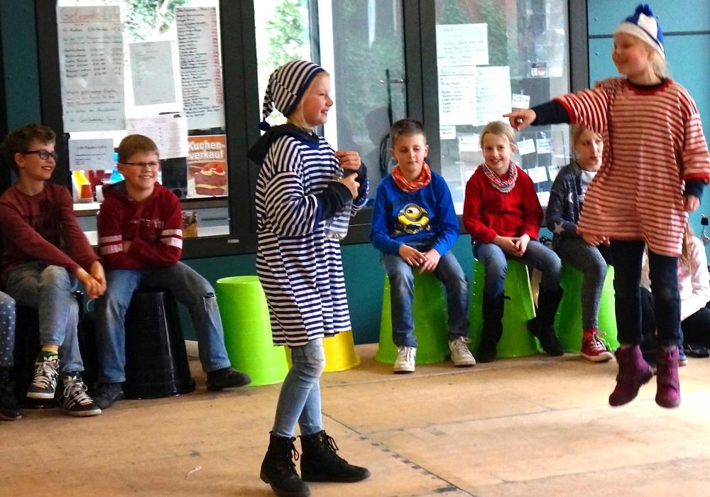 Sketch-Theater der Grundschule - ein Element beim Entdeckertag des CJD Braunschweig. Fotos: Veranstalter