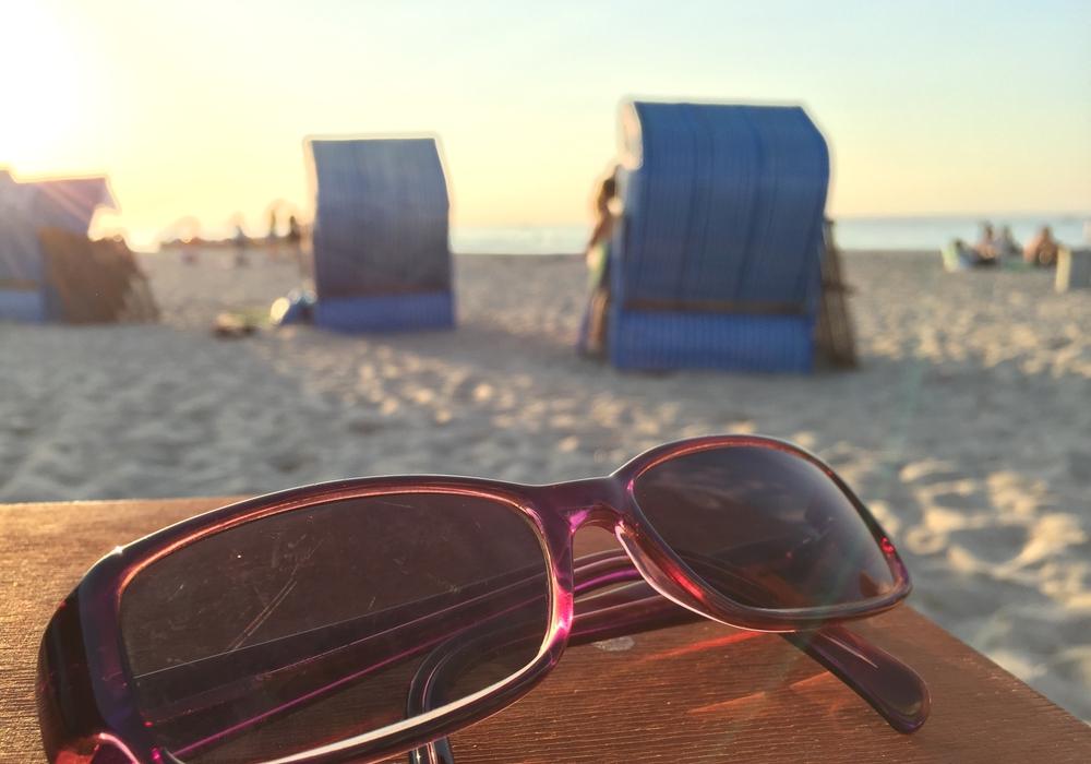 Zu viel Sonne geht ins Auge. Symbolfoto: Anke Donner