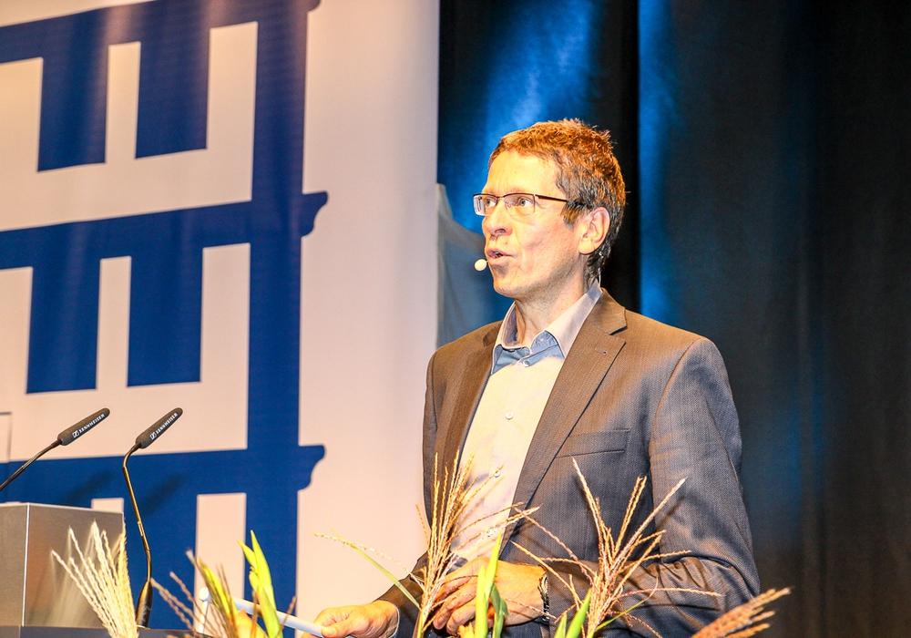 Als Hauptreferent konnte unter anderem Prof. Dr. Korte von der TU Braunschweig gewonnen werden. Foto: Thorsten Raedlein