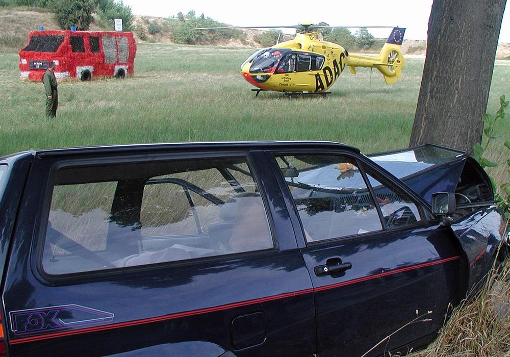 Baumunfall auf der B 1 im August in der Nähe von Süpplingen. Archivfoto: Achim Klaffehn