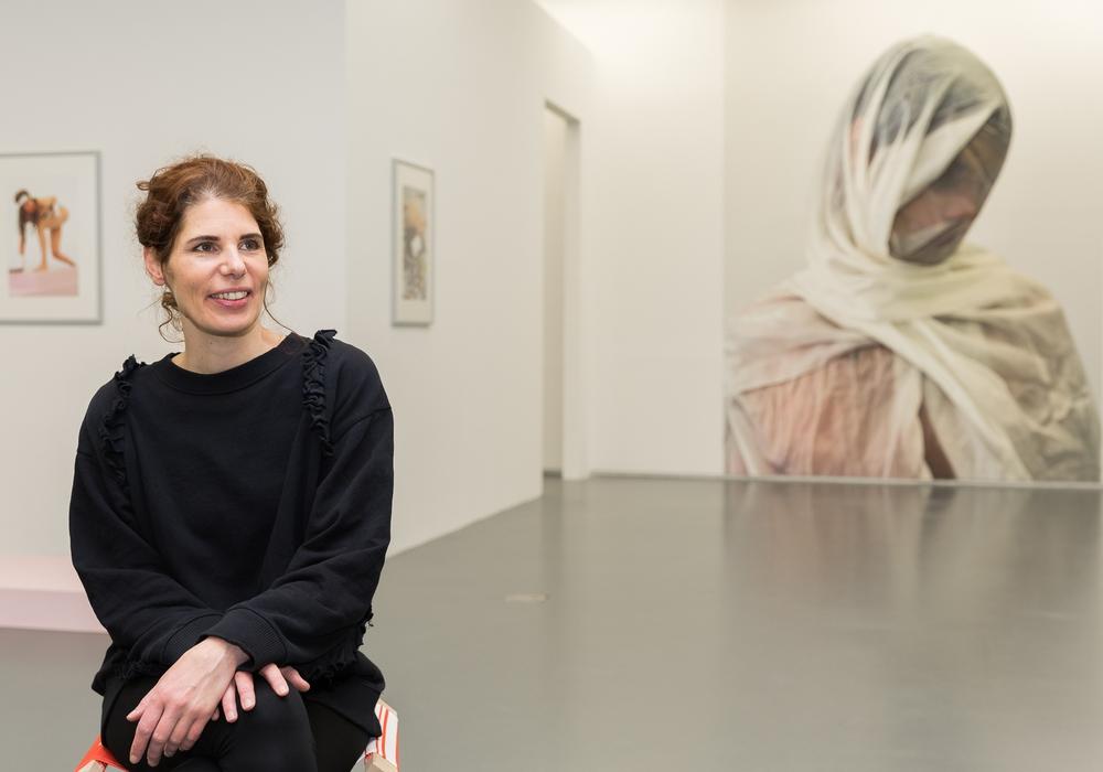 """Hanna Nitsch stellt in der """"halle267 – städtische galerie braunschweig"""" aus. Foto: Stadt Braunschweig / Daniela Nielsen"""