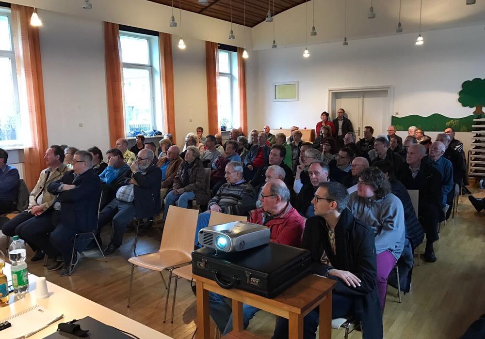 Das Bürgergespräch stieß auf reges Interesse. Fotos: CDU Goslar