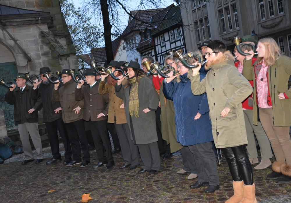 Mit Bläserklang wurde die Hubertusmesse begangen. Fotos: Kirchenkreis