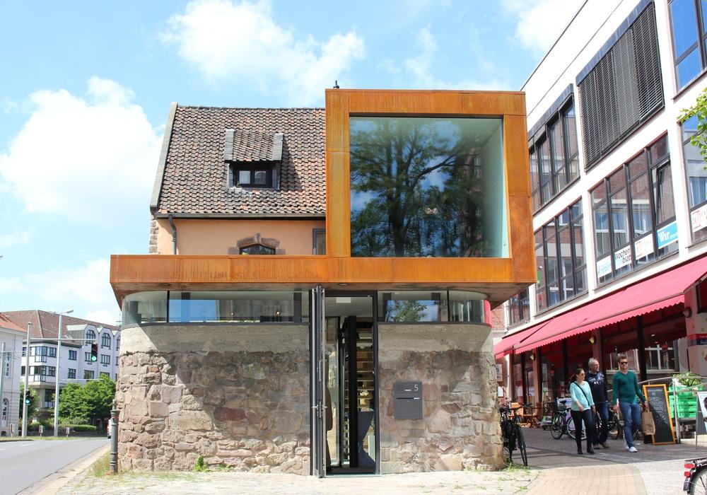 In der Kemenate an der Hagenbrücke sind Werke des verstorbenen Braunschweiger Künstlers zu sehen. Foto: Archiv/Sina Rühland