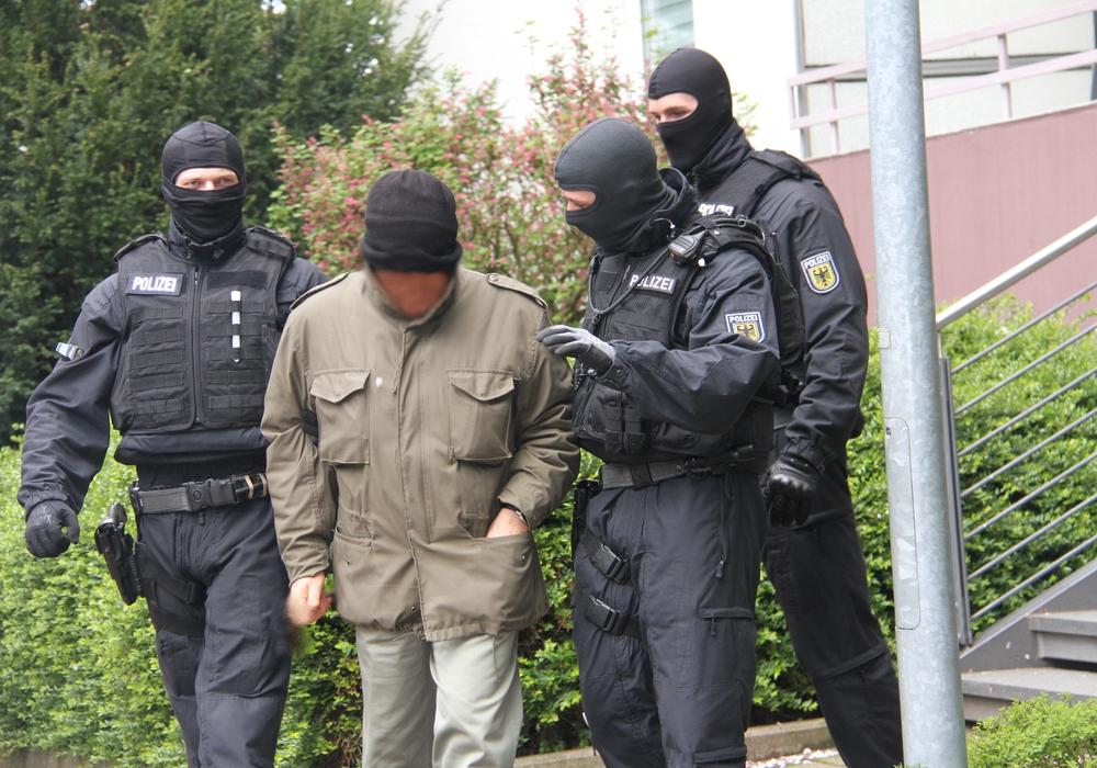 Vollstreckung des Haftbefehls. Foto: Bundespolizeidirektion Hannover