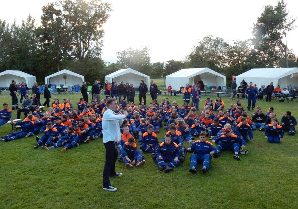 Eine Woche Zeltlager der Jugendfeuerwehren aus der Stadt Braunschweig in Lenste. Foto: Feuerwehr Braunschweig