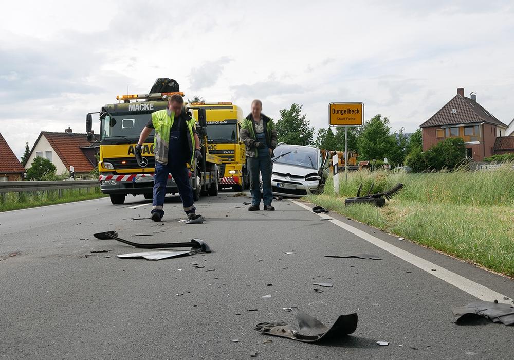 Ein weiterer Unfall, noch am selben Tag, auch auf der B 65 in Dungelbeck Foto: Alexander Panknin