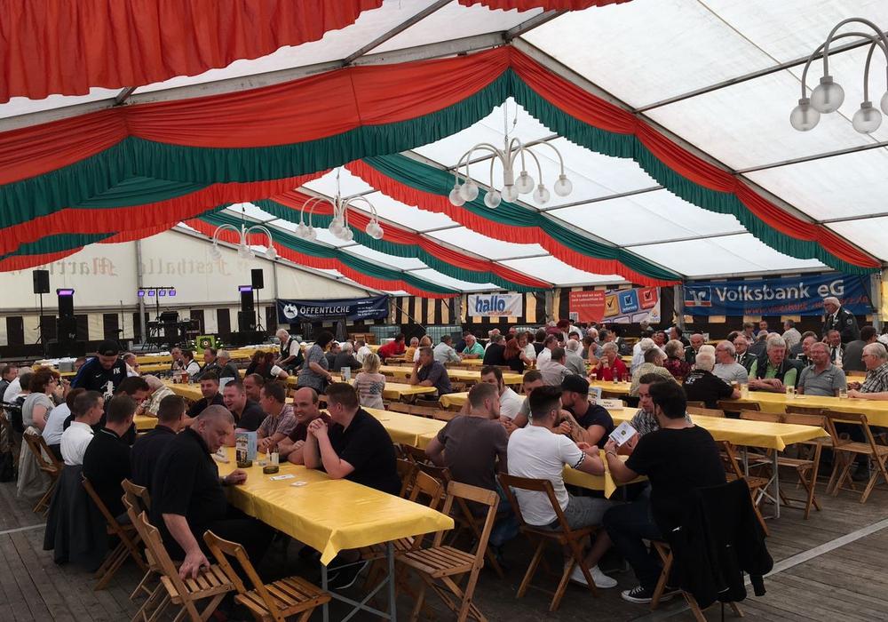 Das Königsfrühstück lässt das Schützenfest in gemütlicher Runde ausklingen. Foto: Jan Weber