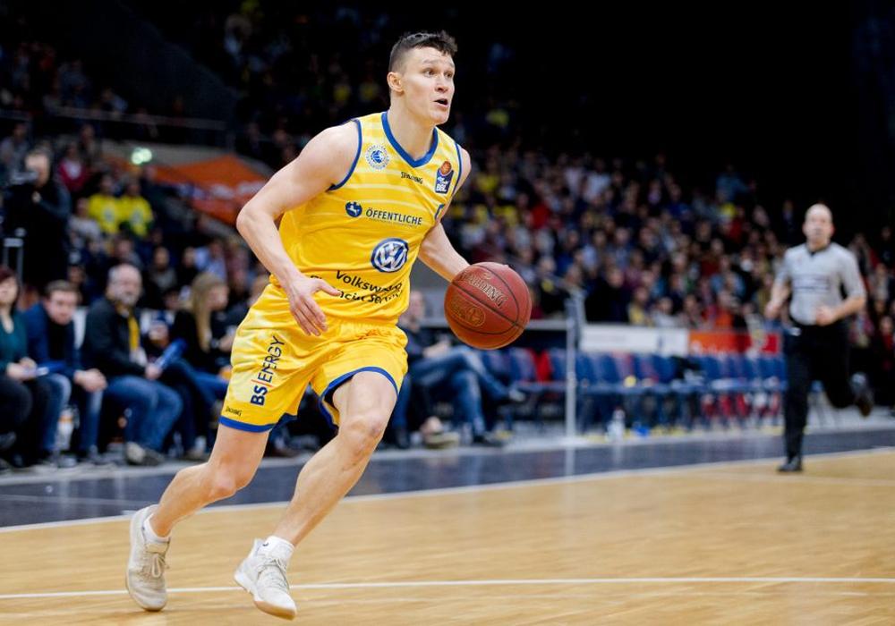 Zygimantas Janavicius hofft auf seinen ersten Pflichtspieleinsatz für Litauen. Foto: Reinert/PresseBlen.de/Archiv