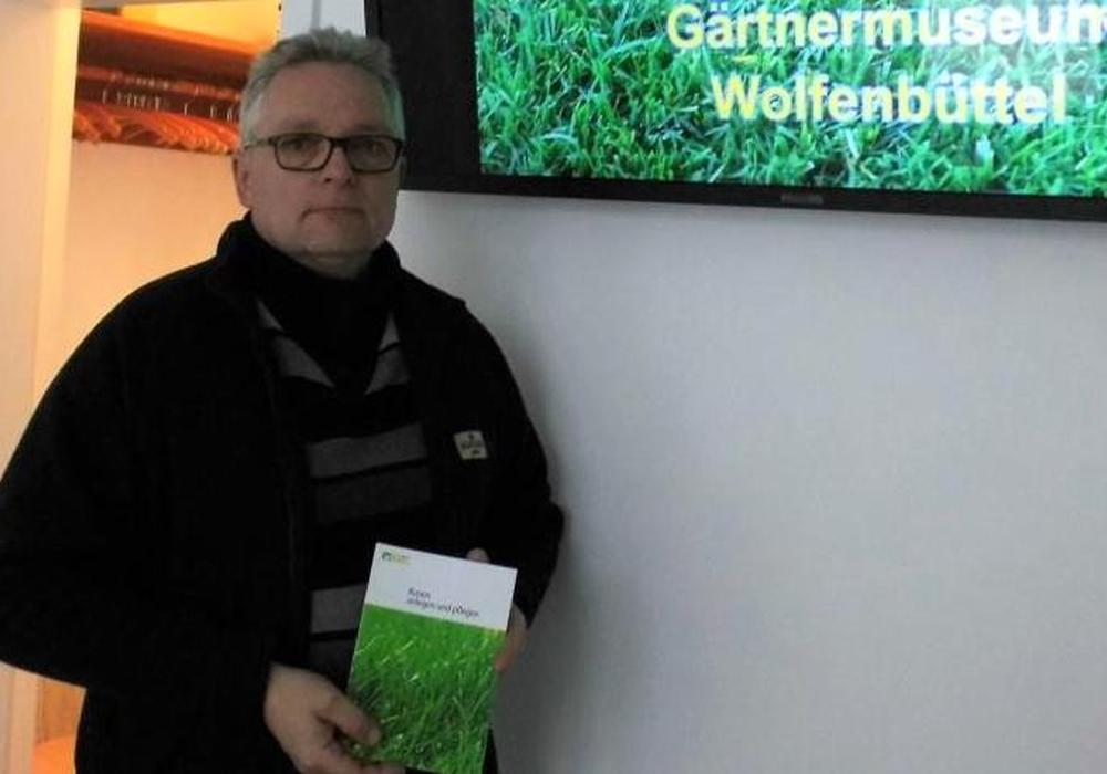 Dirk Fellenberg von der Deutschen Rasengesellschaft ist am 5. April im Gärtnermuseum zu Gast und freut sich auf seinen Vortrag. Foto: Andreas Meißler