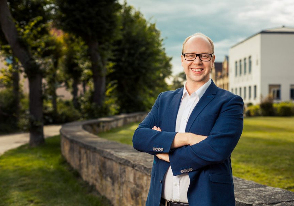 SPD-Landtagsabgeordneter Jörn Domeier erntete nun Kritik für die Veröffentlichung seiner Pressemitteilung. Foto:  Sebastian Petersen / philigran-studio.de