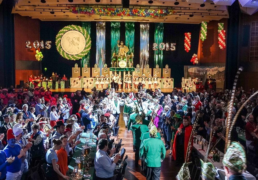 Am Samstagabend läutet die Prunksitzung der Rheinländer den Endspurt der Karnevalssession ein. Foto: Archiv/Raedlein