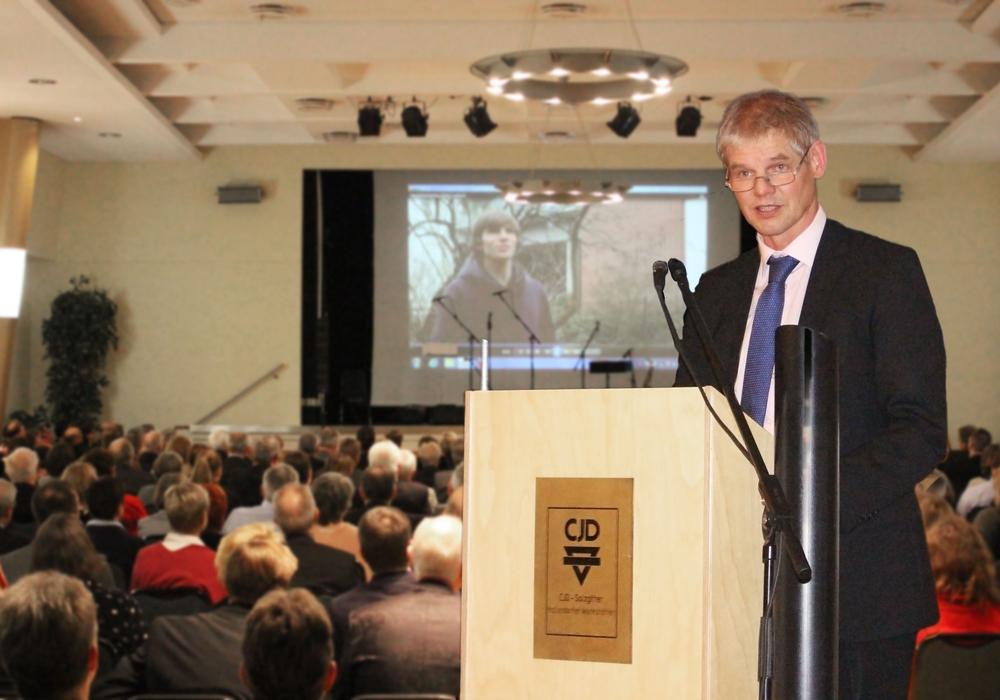 Auch Oberbürgermeister Frank Klingebiel lobte in seiner Rede die Arbeit des CJD. Foto: Alexander Panknin