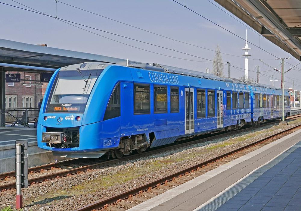 Die Wasserstoff-betriebenen Züge der Firma Alstom - die auch in Salzgitter tätig ist - haben sich bereits bewährt. Symbolfoto: Pixabay