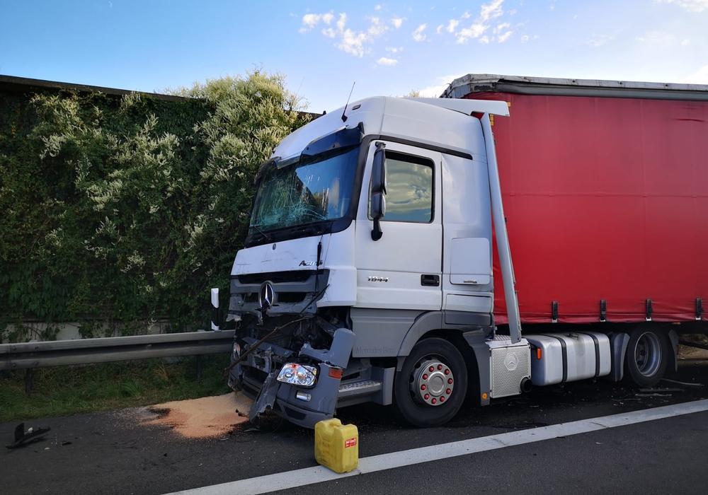 Einer der beschädigten LKW. Foto: aktuell24/KR