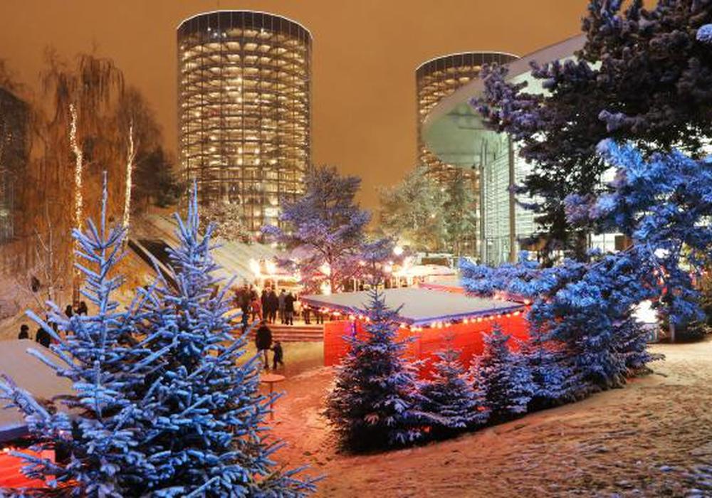 Die Winterwelt der Autostadt mit seinen prächtigen Farben. Fotos: Leitzke, Matthias