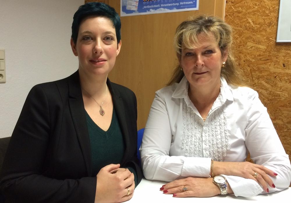 """Laden zum gemeinsamen """"Come-Together"""" in das l´Oliveto ein: CDU-Landtagskandidatin Sarah Grabenhorst-Quidde (li.) und Gabriele Otto (Vorsitzende Frauen Union). Foto: CDU"""