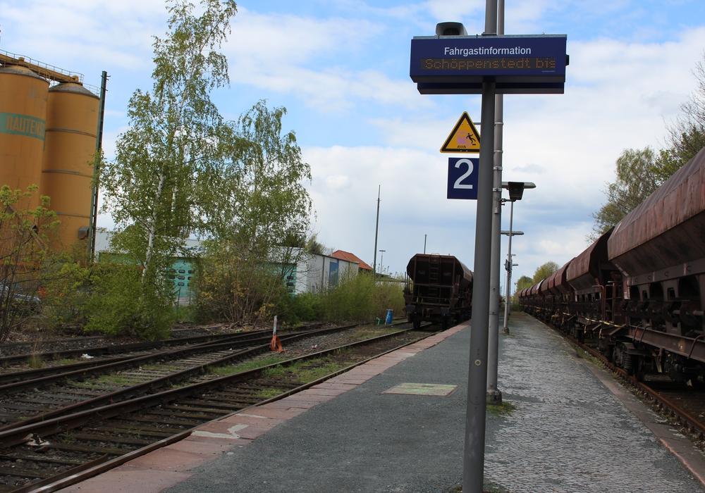 Verkehrsminister Bernd Althusmann eröffnet die barrierefreien Bahnhöfe. Symbolfoto: Nick Wenkel