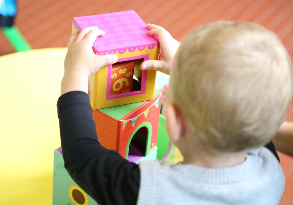 Im nächsten Jahr können mehr Kinder in Helmstedts Kindergärten spielen. Symbolfoto: Pixabay