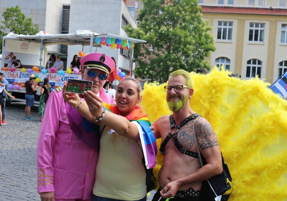 Die CSD-Parade zog am Samstag viele in die Innenstadt. Foto: Robert Braumann