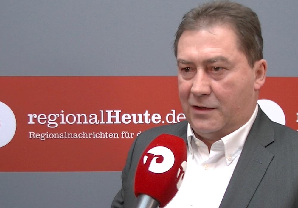 Bundestagsabgeordneter Uwe Lagosky besuchte Chemetall. Archivfoto: André Ehlers