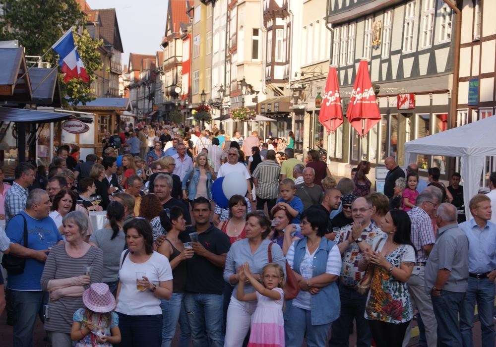 Schon 2012 war das Altstadtfest ein Publikumsmagnet. Archivfoto: Anke Donner