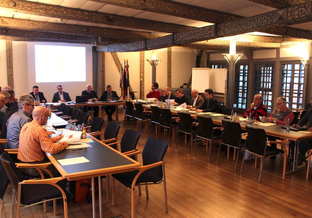 """Der Bauausschuss stimmte der Änderung des Flächennutzungsplans und der Aufstellung eines Bebauungsplanes """"Meyerberg"""" zu. Foto: Alexander Dontscheff"""