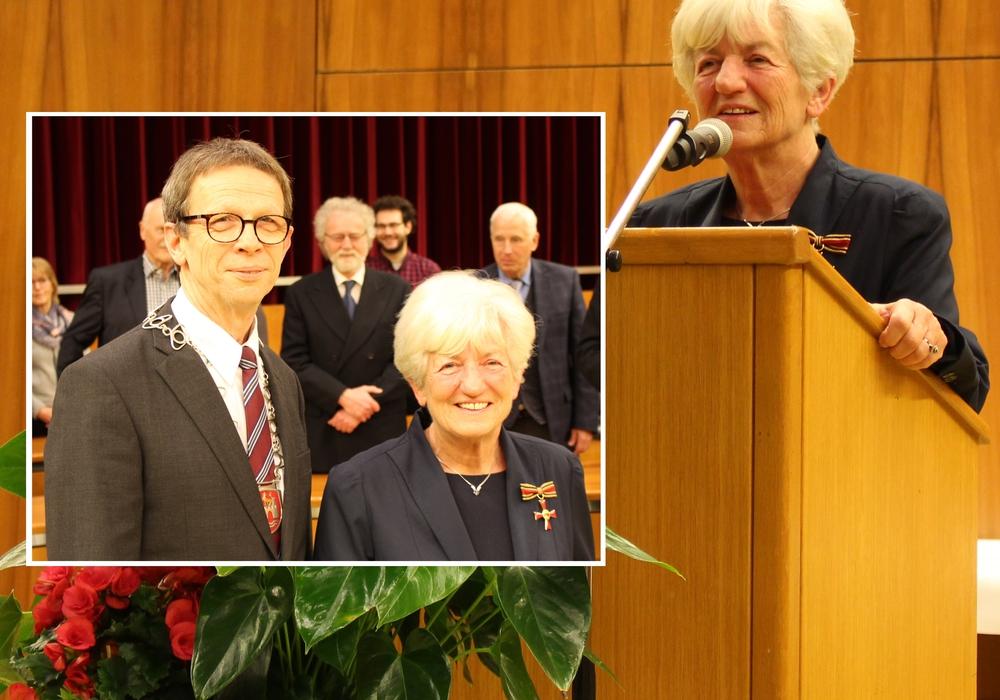 Verleihung des Verdienstkreuzes am Bande des Verdienstordens der Bundesrepublik Deutschland an Ursula Sandvoß. Fotos: Sandra Zecchino