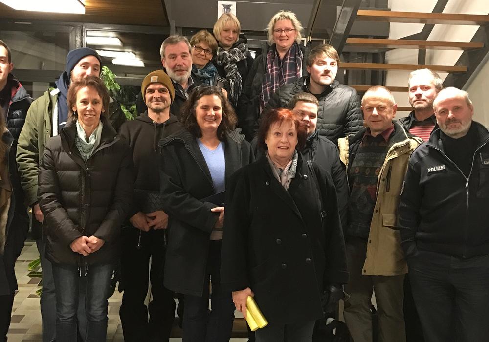Zahlreiche Vertreter unterschiedlicher Bereiche trafen sich im Bürgerbüro. Foto: Privat